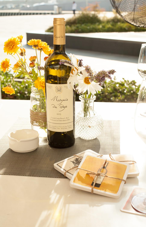 domaine des tourelles premiere launching of marquis des beys white wine executive bulletin. Black Bedroom Furniture Sets. Home Design Ideas