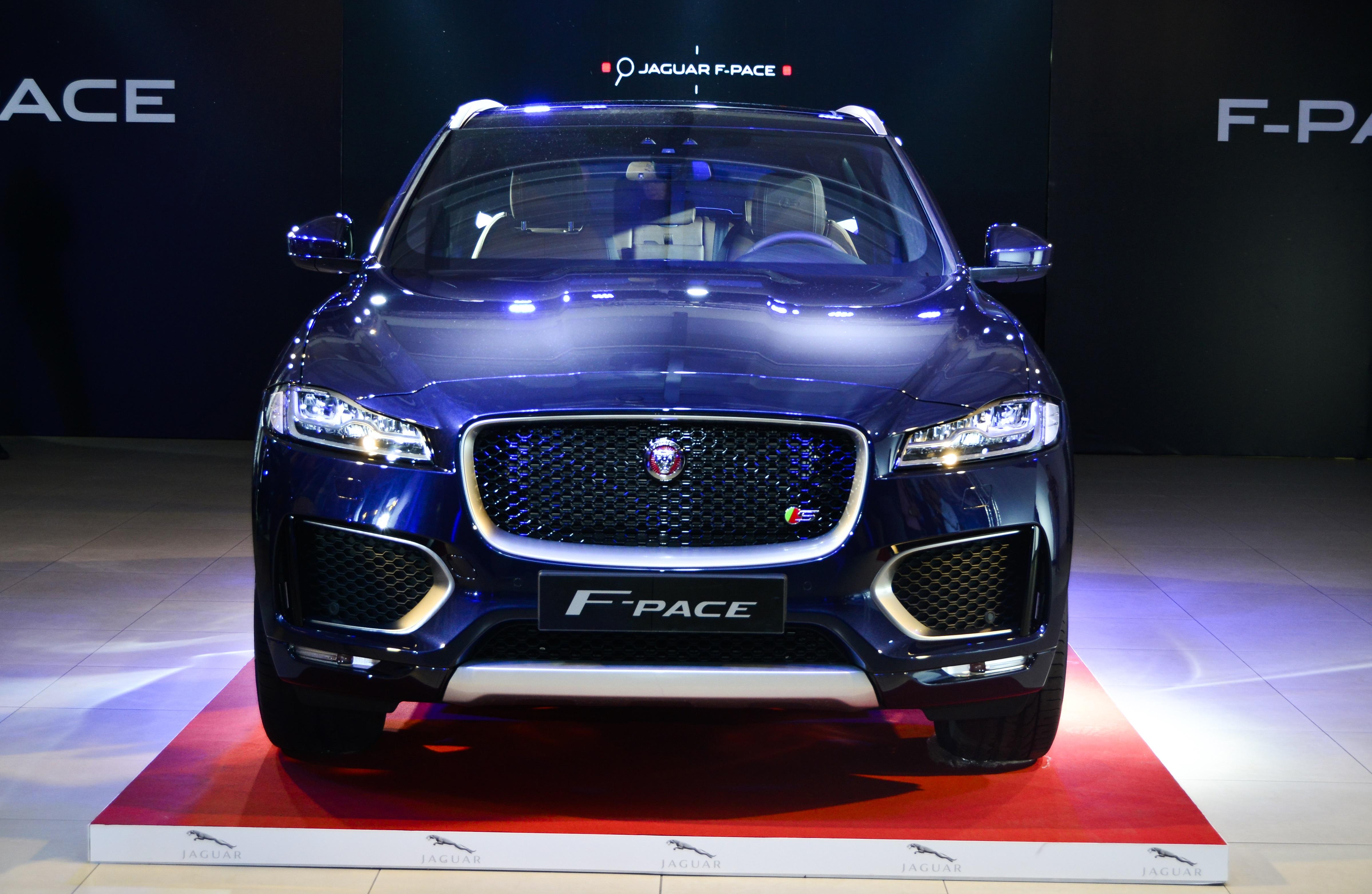 the news jordan mahmoudia automotive motors in launches jaguar mawater new arabia suv e middle east pace