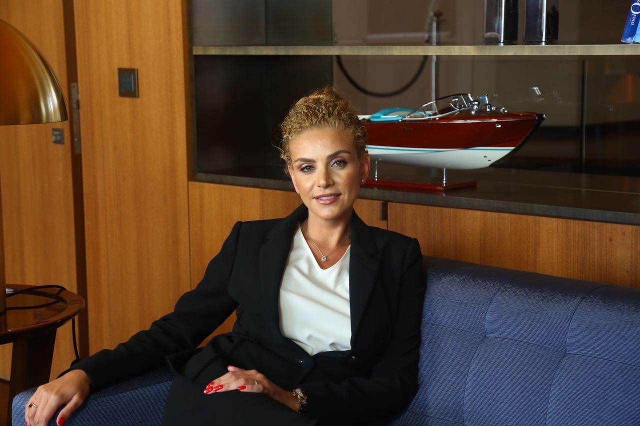 السيدة زينة زيدان