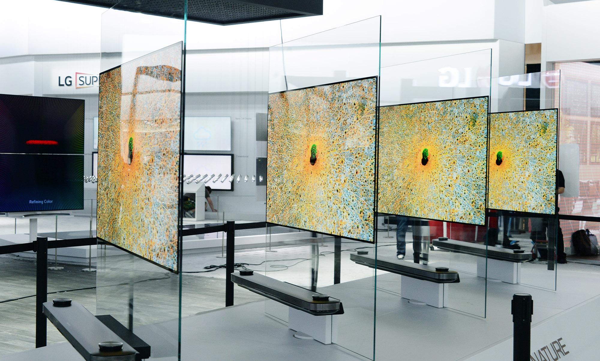 LG SIGNATURE OLED TV W_2