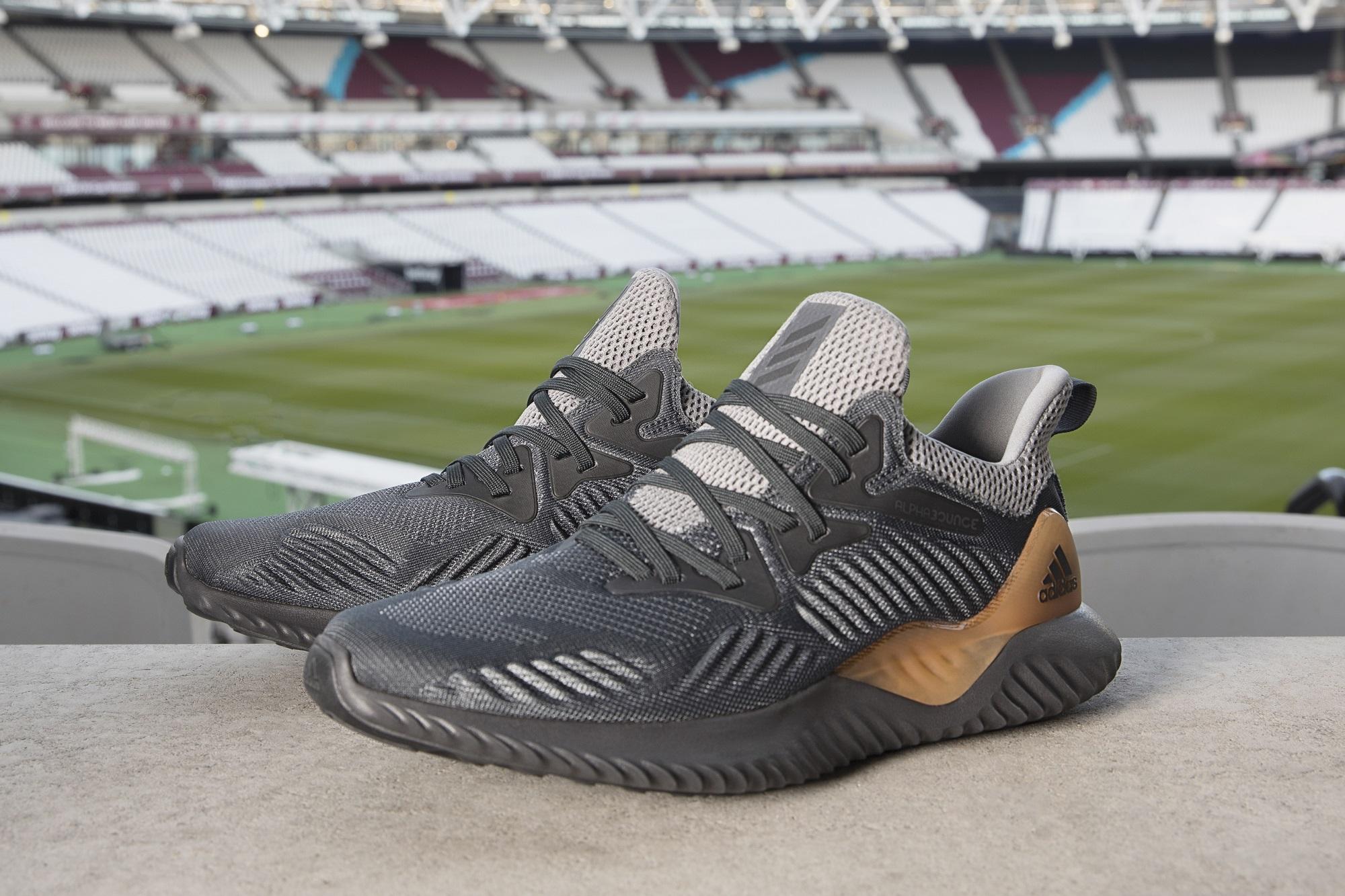 Creado para deportistas que toman su deporte a un nivel más allá, Adidas