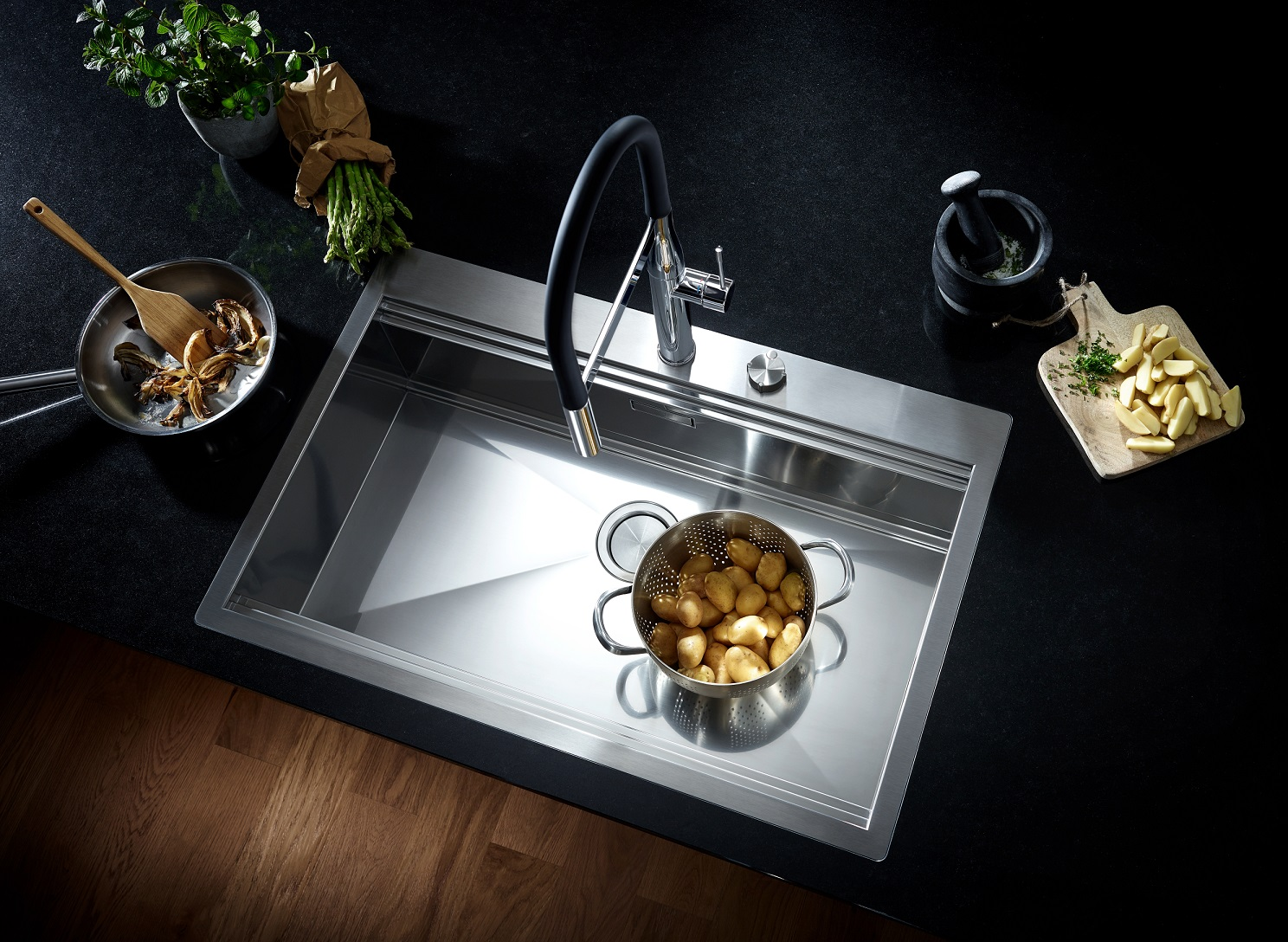 Kitchen Design from a Single Source: GROHE Sets Holistic Design ...