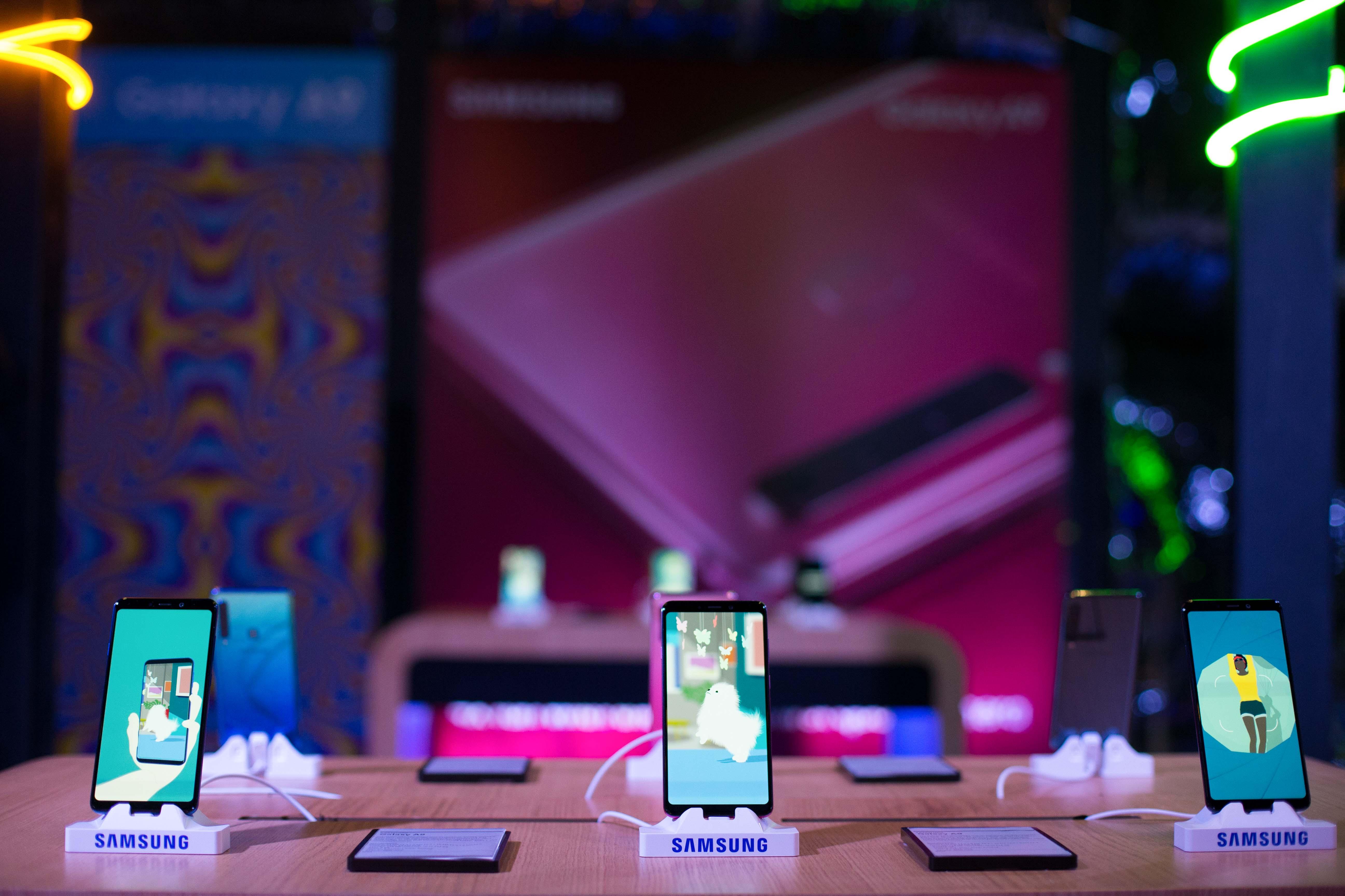 SamsungA9 0021